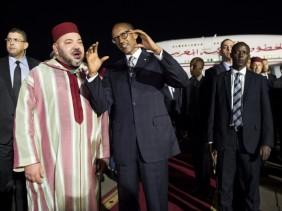 Mohammed VI chez Paul Kagame. D. R.